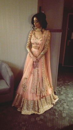 New royal bollywood pink and golden lehenga for bridal . For order whatsapp us on blouse combinations blouse saree blouse work blouse dupatta blouse blouse blouse blouse blouse blouse lengha Indian Wedding Outfits, Bridal Outfits, Indian Outfits, Dress Wedding, Indian Engagement Outfit, Indian Reception Outfit, Wedding Reception, Mode Bollywood, Bollywood Fashion