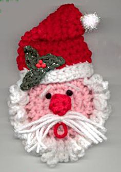 Crochet Santa ornament~this pattern has the best detailed face .....<3