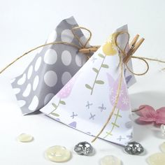 Sour Cream Container Gift Pouches   Pink Petticoat