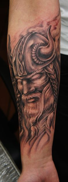 viking tatt by strangeris