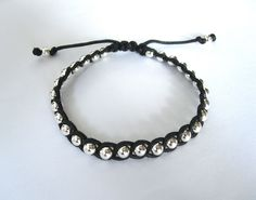 make chic and trendy friendship bracelet with beads