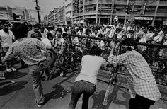 """1986 Philippine Revolution Revisited: Manila is at a standstill after the third night of """"People Power."""" As word of the imminent departure of the Marcos family reaches the streets, protesters begin to dismantle barricades. People Power Revolution, Philippine Holidays, Cultural Studies, Manila Philippines, Power To The People, Pinoy, Past, Third, History"""