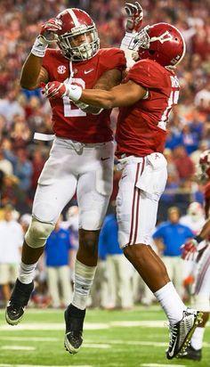 Derrick Henry and Kenyan Drake celebrating a TD. Pic from Sports Illustarted  #Alabama #RollTide #BuiltByBama #Bama #BamaNation #CrimsonTide #RTR #Tide #RammerJammer