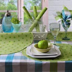 Unkompliziert und schön: Die Tischsets SMILE sind abwaschbar. Von Sander.
