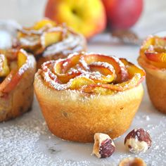 Cooking with Manuela: Peach Roses with Nutella and Hazelnuts