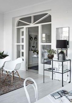 Monochrome Interior from Finland (design attractor) Monochrome Interior, Scandinavian Interior Design, Scandinavian Home, Style At Home, Living Room Inspiration, Interior Design Inspiration, Style Deco, Deco Design, Design Trends