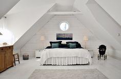 Slaapkamer inrichten met schuin dak? 5 tips! Makeover.nl