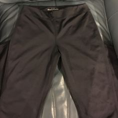Abercrombie and Fitch Leggings Charcoal Grey Abercrombie Leggings! Gently worn! Abercrombie & Fitch Pants Leggings