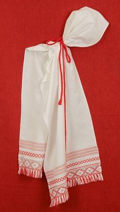 6217e969c5b236 South Estonia - Põlva Women´s Head Scarf. Uma Design · Estonian Folk Costume