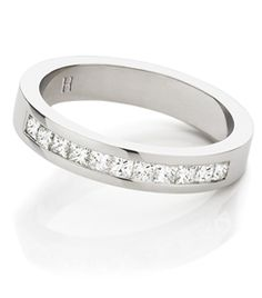 18ct White Gold Diamond Wedding Ring      Channel set princess cut diamond wedding ring.      Can also be made in yellow gold or platinum.