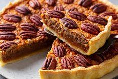 Recept voor een Koolhydraatarme quiche - Baktotaal Bouwhuis Pie Recipes, Dessert Recipes, Types Of Pie, Southern Pecan Pie, Best Pecan Pie, Pie Decoration, American Desserts, Pie Cake, Food Cakes