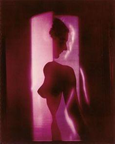 Erwin Blumenfeld. Nu cubiste violet 1949