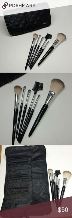 Sephora 6 piece brush set Sephora 6 piece brush set. Purchased this around Christmas Time and it never gets used. Contour and face brush where tested. All have been sanitized. I paid $70. My lose your gain. Reasonable offers considered. Makeup Brushes & Tools