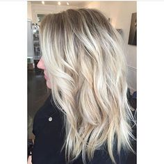 Babylights. Color by @wespine  #hair #hairenvy #hairstyles #haircolor #blonde #balayage #highlights #newandnow #inspiration #maneinterest