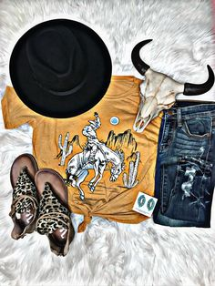 Cute Cowgirl Outfits, Western Outfits Women, Cruise Fashion, Vacation Fashion, Festival Outfits, Festival Fashion, Horseback Riding Outfits, Southern Outfits, Concert Fashion