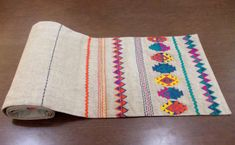 Table runner pure linen multicolor embroidery aztec by VLiving Ribbon Embroidery, Embroidery Designs, Folk Embroidery, Peruvian Textiles, Motifs Textiles, Ramadan Crafts, Plate Wall Decor, Beige Area Rugs, Fabric Patterns