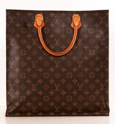 Louis Vuitton Sac Plat Handbag. I have this exact bag. One of my favorites 174cc8bb2a364