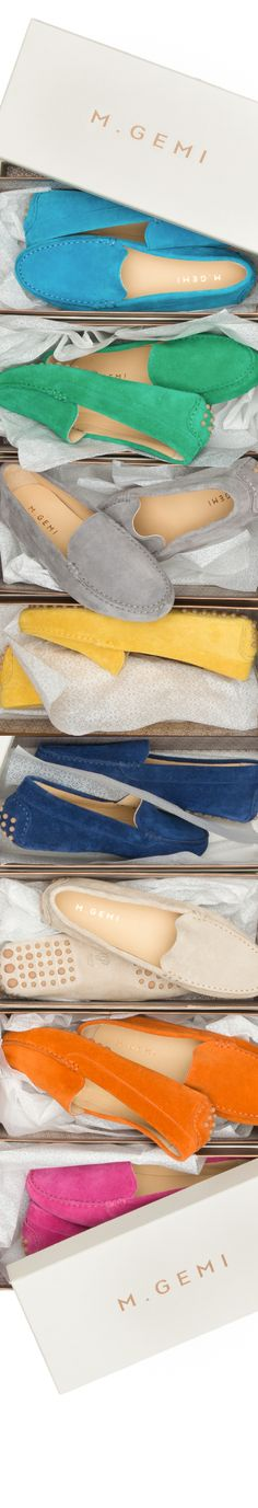 Choose a color, select a stitch, pick a tread and add your monogram. Create your own Felize driving moccasin today.