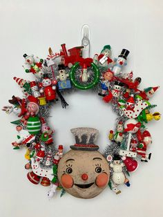 vintage Christmas Crafts Vintage Kitsch Ornament Wreath, Johanna Parker Snowman Design, Vintage Wooden Ornaments, Vintage Kitsch, Kitschy Christmas Wreath by WhiteChristmasStudio on Etsy Vintage Christmas Crafts, Retro Christmas, Holiday Crafts, Silver Christmas, Victorian Christmas, Christmas Ornament Wreath, Diy Christmas Tree, Christmas Wreaths, Christmas Villages