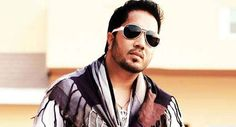 #BiggBoss9: #MikaSingh desires to enter Salman's show