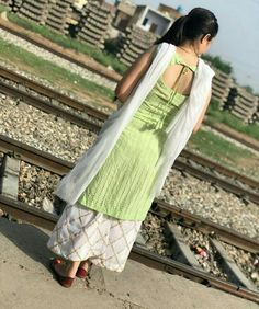 suit back neck design Kurti Back Neck Designs, Punjabi Suit Neck Designs, Simple Kurta Designs, Neck Designs For Suits, Kurta Neck Design, Sleeves Designs For Dresses, Blouse Neck Designs, Salwar Designs, Kurta Designs Women