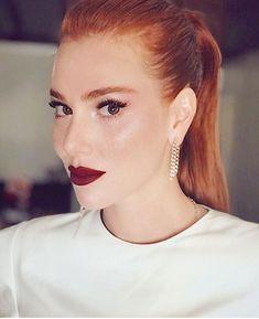 Makeup Wallpapers, Elcin Sangu, Prettiest Actresses, Beautiful Redhead, Too Faced, Beauty Photos, Hair Photo, Crazy Hair, Turkish Actors