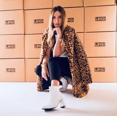 How to wear a leopard coat Leopard Coat, White Boots, Affordable Clothes, Luigi, Duster Coat, Blazer, Celebrities, Jackets, How To Wear