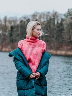 Winter Jackets, Pink, Fashion, Winter Coats, Moda, Winter Vest Outfits, Fashion Styles, Pink Hair, Fashion Illustrations