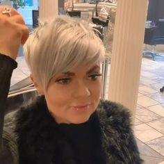 You can not even imagine how numerous mesmerizing short hairstyles with regard to women over 50 presently there are. Short Hair Undercut, Short Pixie Haircuts, Pixie Hairstyles, Cute Hairstyles, Gorgeous Hairstyles, Modern Hairstyles, Pixie Haircut Round Face, Pixie Cut With Undercut, Choppy Pixie Cut