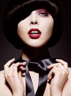 Coco Rocha for Yves Saint Laurent 2008 Holiday Bow Color Cosmetics Collection. Ysl Beauty, Beauty Shoot, Beauty Makeup, Contour Makeup, Beauty Box, Beauty Tips, Yves Saint Laurent, Ysl Cosmetics, Bowl Haircuts