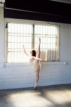 Photo by Ballet Zaida. Dancer Clarissa May