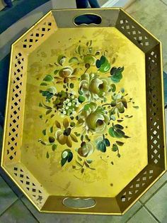 Vintage Octagonal Tole Tray Gold Flowers Pierced Hand Painted Nashco MCM Retro #hollywoodregency #Nashco