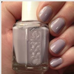 Purple nails~Essie