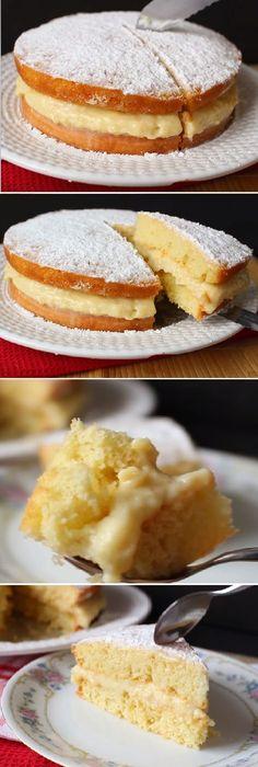 Torta de cumpleaños relleno con crema