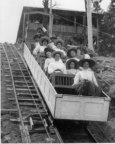 The original station at the top of the incline burned down in 1914 but was quickly rebuilt. (Manitou Incline, Manitou Springs)
