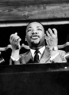 12 Powerful Photos of Martin Luther King Jr.