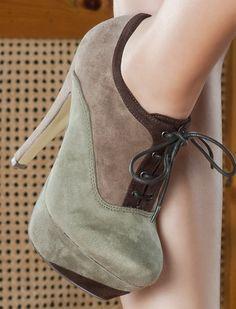 http://pl.bfashion.com/botki-magdalena Wygodne buty na obcasie, nadają się na codzień.
