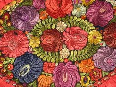 Hungarian Embroidery, Hand Embroidery, Floral Pillows, Folk Art, Needlework, Pillow Covers, Minden, Painting, Moroccan