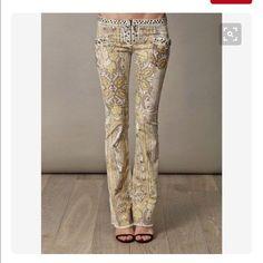 e4ec05b2 Isabel Marant Jasper Paisley Low-Rise Jeans 10/42 Isabel Marant known for up