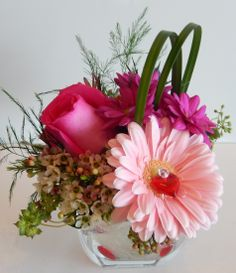"""""""Just a thought"""" or """"Thinking of You"""" for Valentine's Day from Dizennio Floral Boutique-Vaughan"""