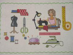0 point de croix couture femme cousant  - cross stitch woman sewing