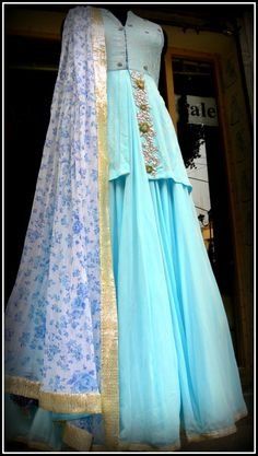 floor length anarkali with beautiful dupatta by Avnni Kapur