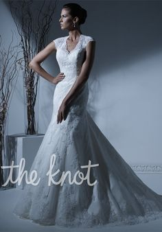 Check out this #weddingdress: 19913 by Jacquelin Exclusive via iPhone #TheKnotLB from #TheKnot