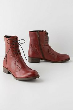 I love man-boots for ladies, and I could definitely see myself trudging around in the cold, running errands, in these beauties.
