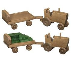 Wooden Toy Tractor and Wagon - those little wooden haybales are adorable