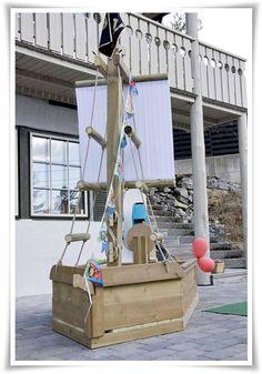 Homemade pirat ship for the backyard.