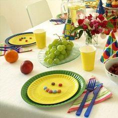 Святковий стіл на день народження дитини (фото)