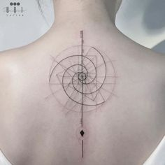 Fibonacci Tattoo, Tatouage Fibonacci, Fibonacci Flower, Golden Spiral Tattoo, Golden Ratio Tattoo, Spiral Tattoos, Nape Tattoo, Forearm Tattoos, Body Art Tattoos