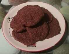 This is a really quick & easy recipe, ideal for that treat with a cuppa or to take in lunch :D This recipe in total is 6 syns or 1 syn if using the Scan Bran as your HEB I got 9 cookies when I … Slimming World Biscuits, Slimming World Cake, Slimming World Desserts, Scan Bran Recipes, My Recipes, Baking Recipes, Skinny Recipes, Recipies, Scan Bran Cake