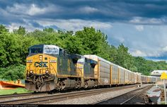 RailPictures.Net Photo: CSXT 489 CSX Transportation (CSXT) GE AC4400CW at Fairport, New York by mtnclimberjoe